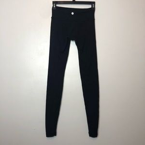 Lululemon Black Wonder Under Size 2